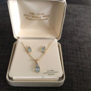 Jewelry - 18k gold over sterling silver blue topaz necklace